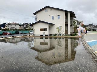 雨上がり袋井店.jpg